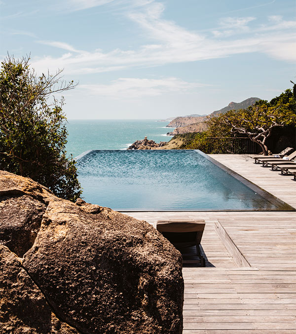 Clifftop pool at luxury resort, Vietnam